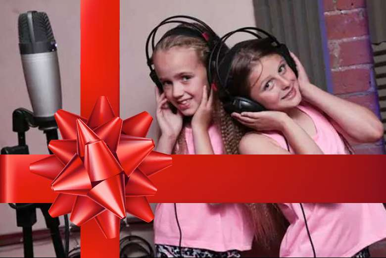 Singing Experience brings recording gift for young singers